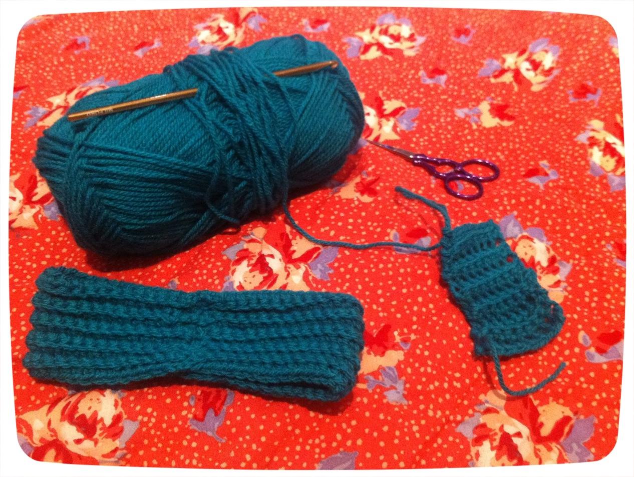 Making crochet bows