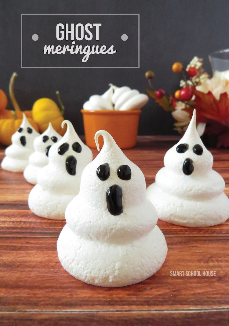 Ghost meringues ! I suppose they look so frightened because they know ...